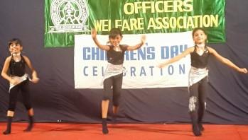 Group dance by kids - Sreeranjini, Hrithika & Neha