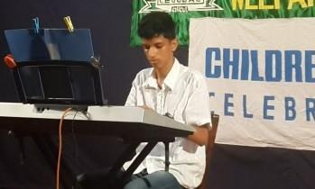 Akshay Kanth on the Key-board