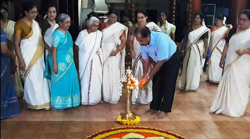 President Sri. Raveendranath Kumar lighting the lamp